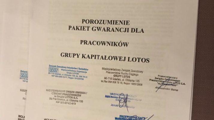 Dziewięć związków zawodowych Lotosu uzgodniło projekt Pakietu